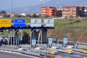 Mautstation in Italien